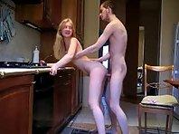 Film x Baise hard Couple amateur de 18 ans