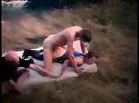 Film porno mature Gang-bang avec les chasseurs